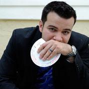 comedy magician Kyle Ryan
